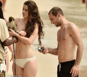 Zaba blanks girlfriend for mobile betting...